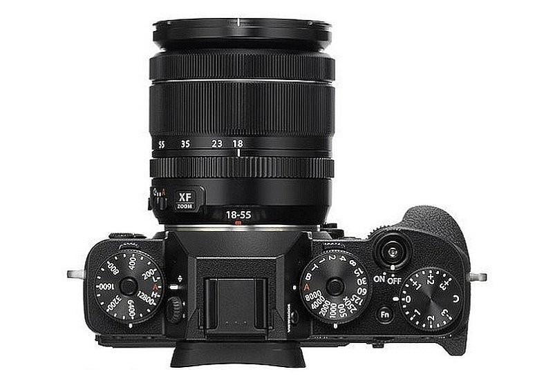 Fujifilm X-T2 機身設有兩個快速轉盤之餘,還有快門、感光度、曝光補償、過片模式及測光轉盤。