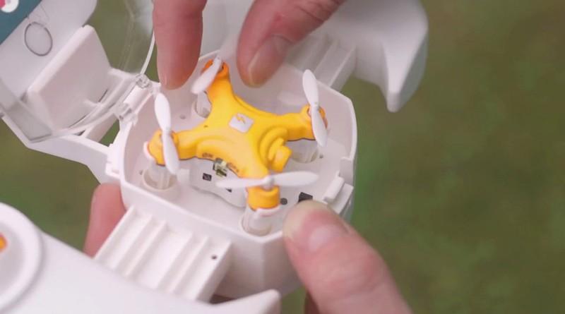 Pokédrone 是一款非常小巧的四旋翼飛行器,可收納至遙控器之內。