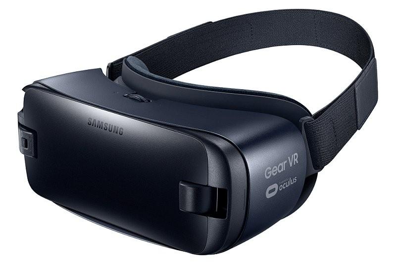 除 Samsung Galaxy Note7 手機外,三星還同步發表了升級版 Gear VR 眼鏡。