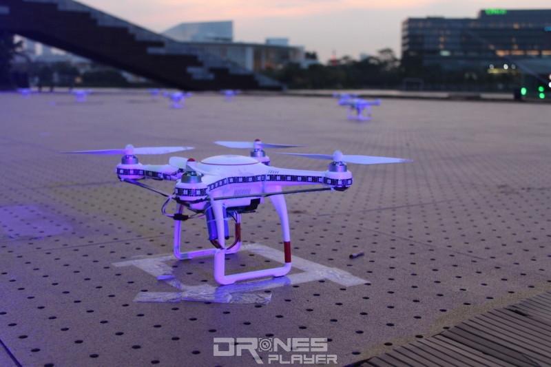 D1 無人機亞洲盃:無人機光影表演採用 DJI Phantom 3