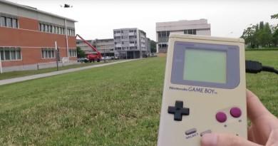 Game Boy 改造大進化!變身無人機遙控器任意放飛