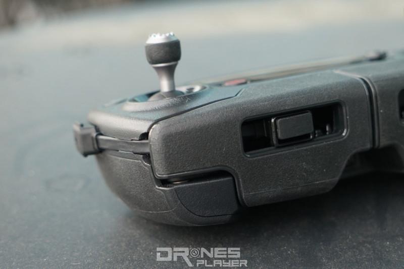 DJI Mavic Pro 遙控器 - USB 線槽