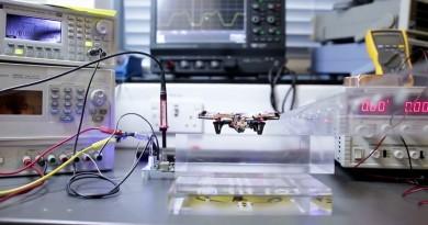 無人機無線充電成真?飛行器不裝電池,全靠磁感應供電飛行!