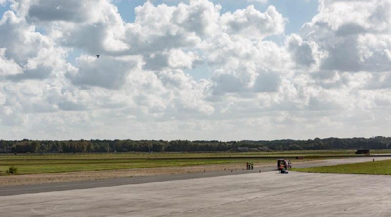 荷蘭恩斯卡德機場 Space 53 - Nokia UTM