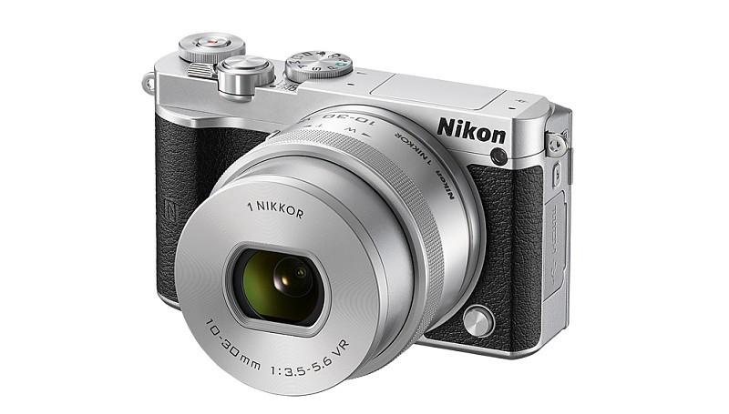 Nikon 歐洲產品經理 Jordi Brinkman 表示,Nikon 1 J5 在亞洲市場的銷量不差。