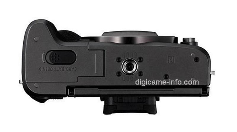 疑似 Canon EOS M5 的機底。(圖片來源:翻攝自 Digicame-Info)