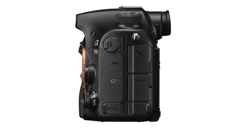 Sony A99 II 單眼反光相機機身左側