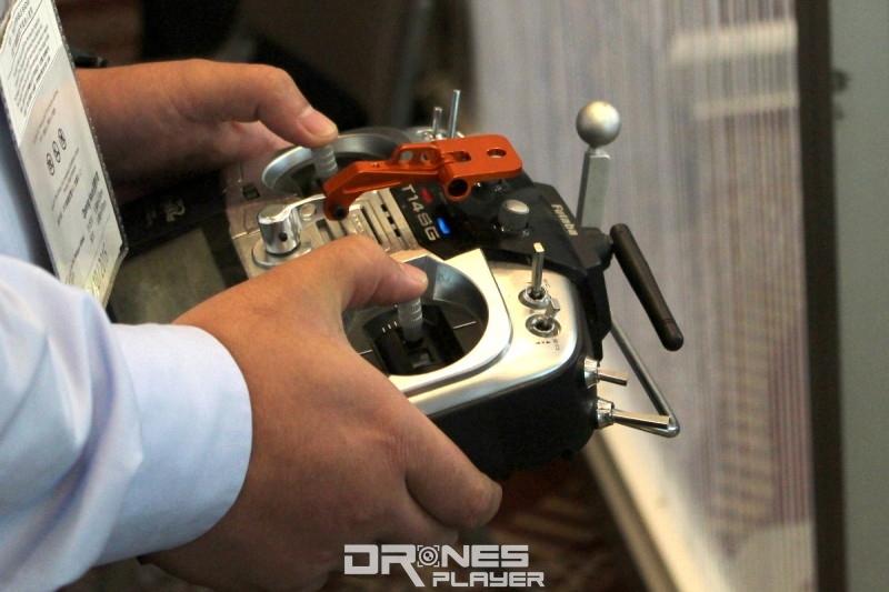 Panoera VRDrone-S 遙控器(原型)
