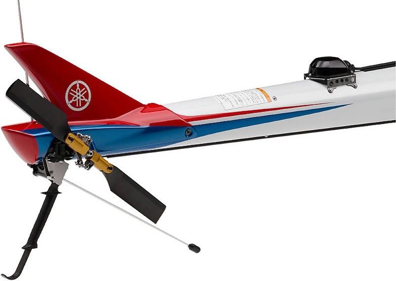 Yahama Fazer R 的尾旋翼參照由日本宇宙航空研究開發機構提供的資料製作而成,可有效提高尾槳旋動時的空氣動力學效率。
