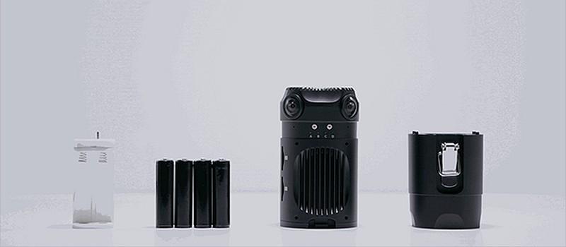 除使用直流電外,Z-Cam S1 亦可裝上 4 枚 18650 標準鋰電池,能夠連續拍攝超過 120 分鐘。
