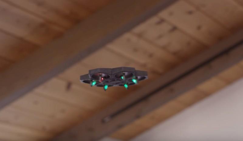 飛行形態:Makeblock Airblock 裝上 6 組旋翼模組後,即可變身為 6 軸飛行器。