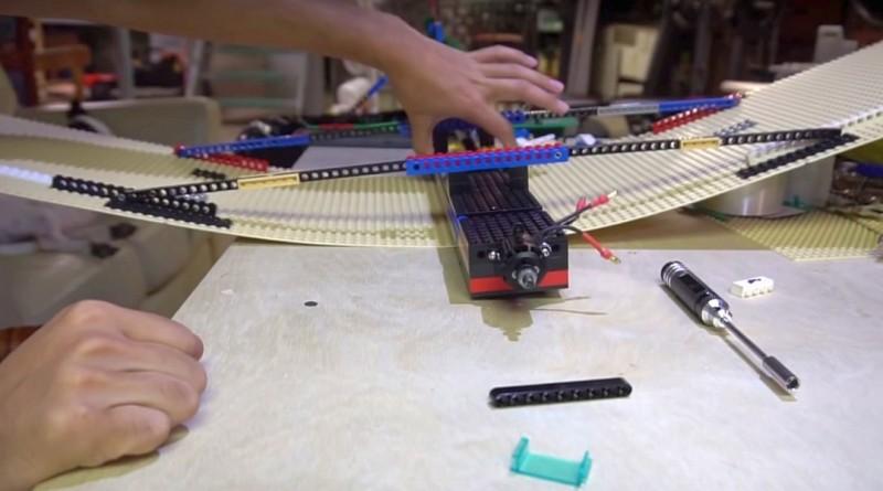 全球首台 LEGO 固定翼無人機