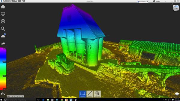 《3DR Site Scan》內的空中分析數據結合 《AutoDesk BIM360》內的建築工程圖,便可渲染出施工實況的 3D 模型。