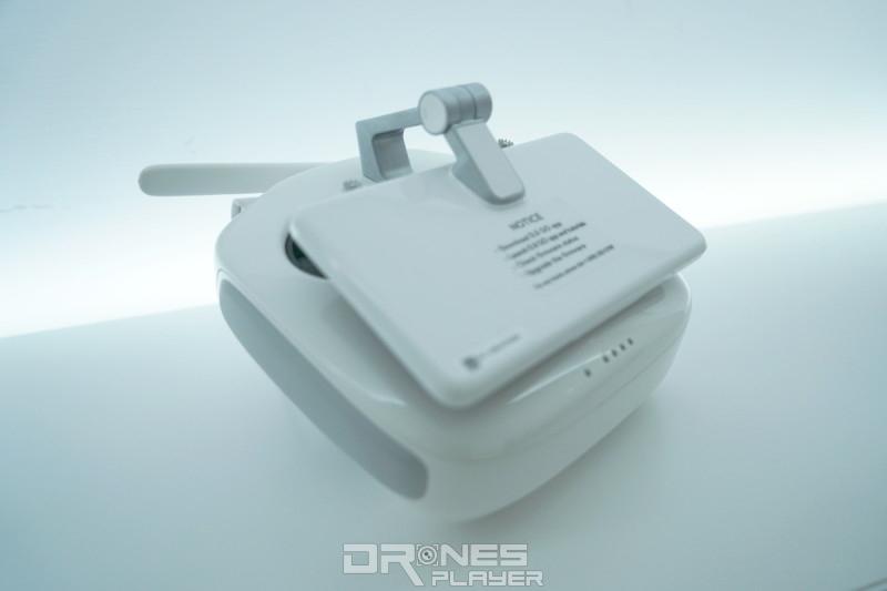 DIJ Phantom 4 Pro 遙控器(折疊)
