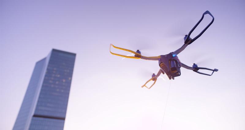 Fotokite 的軸臂如同縮骨傘般可折疊和打開。