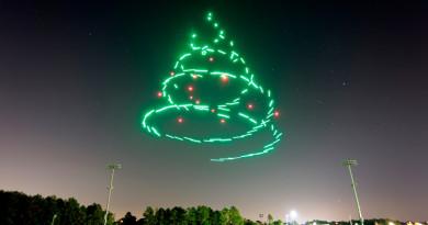 迪士尼無人機光影匯演賀聖誕 Intel Shooting Star 夜空起舞