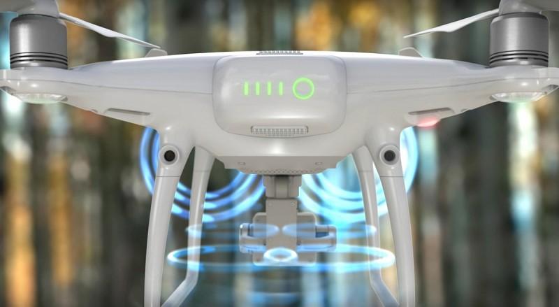 最新推出的 DJI Phantom 4 Pro機身前後均有裝設有雙鏡頭組成的雙目立體視覺感知系統。