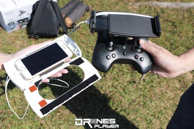 FPV 眼鏡採用置入手機的方案,事前需將手機跟 SkyController 2 遙控器作配對連線。