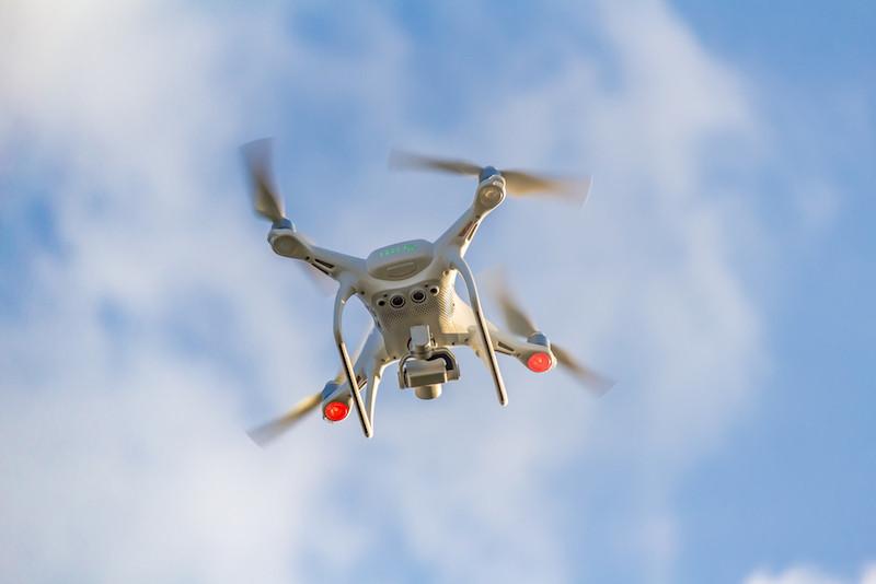 魯莽操控無人機令險撞客機事故頻生。