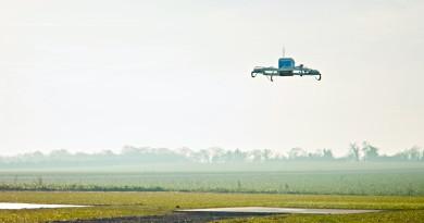 亞馬遜無人機首次實戰啟航 13 分鐘宅配完成