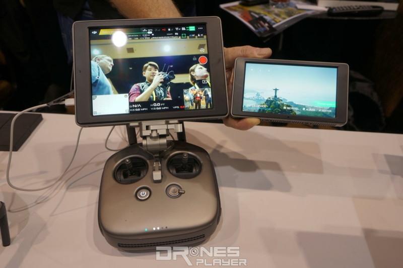 DJI CrystalSky 顯示器備有 7.85 吋與 5.5 吋兩款屏幕可供選擇。