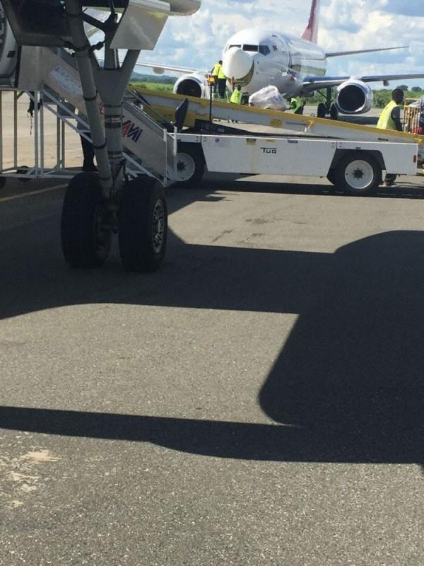 涉事客機換上新的雷達天線罩。