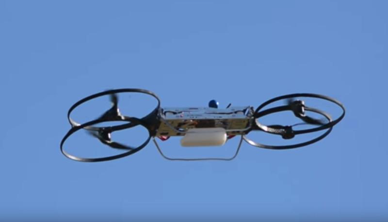 hoverbike 原型機首次飛行測試。