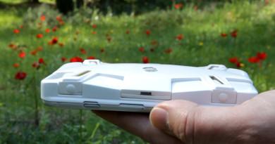 SELFLY 自拍無人機兼任手機殼 79 美元親民價眾籌現身