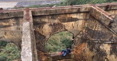 中國遊客空拍瑞芳十三層遺址 無人機失控墜落 涉險取回被困