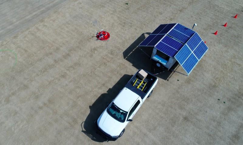 AT&T 無人機進行首次試飛,發射 4G 訊號。(圖片來源:AT&T)