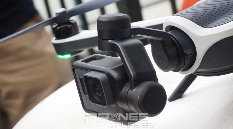 GoPro HERO 5 Black 可安裝在 Karma 無人機上,充當航拍相機。