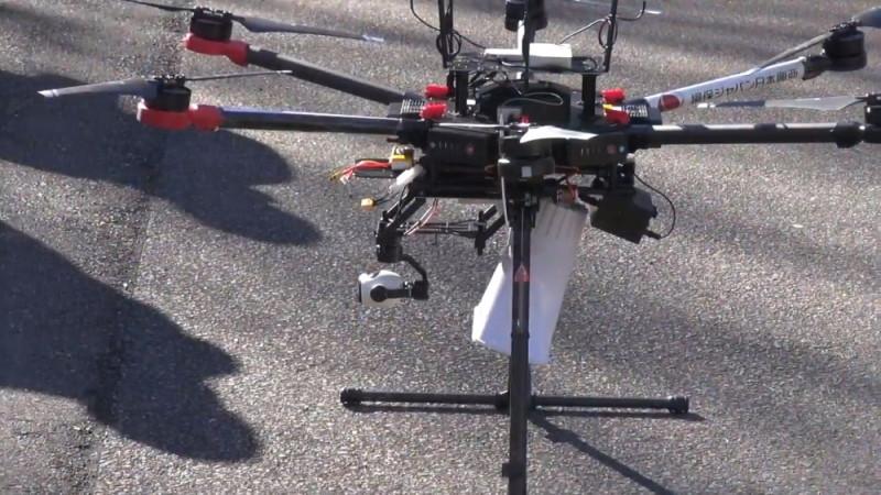 新宿測試災難應變無人機 - 擴音器和相機