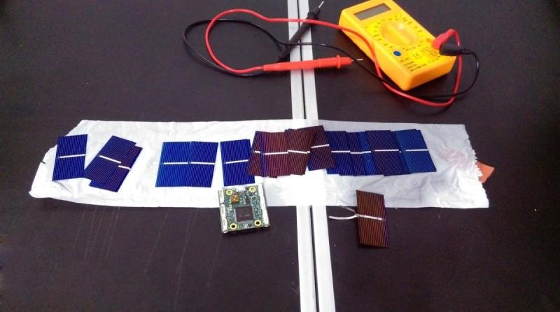 Tsubasa V3 無人機的機身表面需鑲嵌太陽能板。