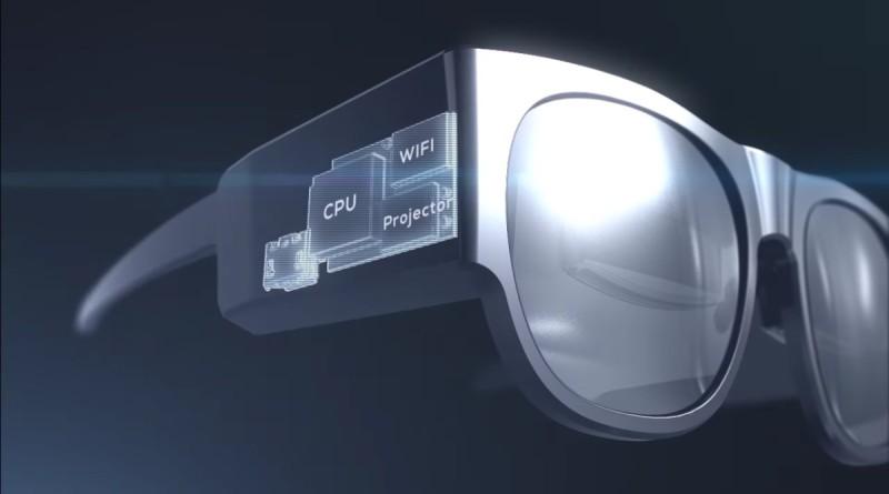 Monitorless 外形近似太陽眼鏡,內裡配備 CPU、投影機、電池、揚聲器。