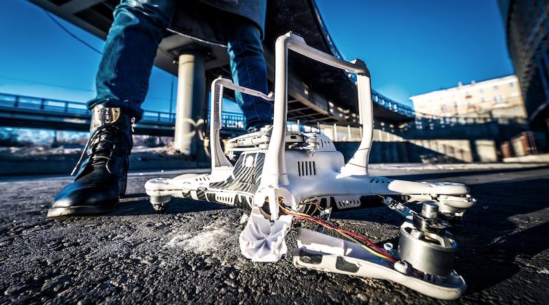 無人機 墜毀 事故 判囚 美國
