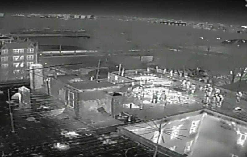 FDNY 消防無人機拍攝的紅外線熱影像畫面,可突顯火焰活動情況,方便指揮官辨明現場火勢。