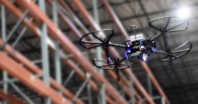 無人機燃料電池商用化起跑 氫動力四軸機 PINC Air 飛入倉庫長時間作業