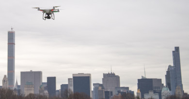 DJI 指摘 FAA 安全標準太保守 稱無人機重 2.2 公斤仍屬低風險