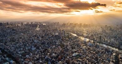 日本政府牽頭帶動 AI 行業應用 2030 年進入全自動送貨時代