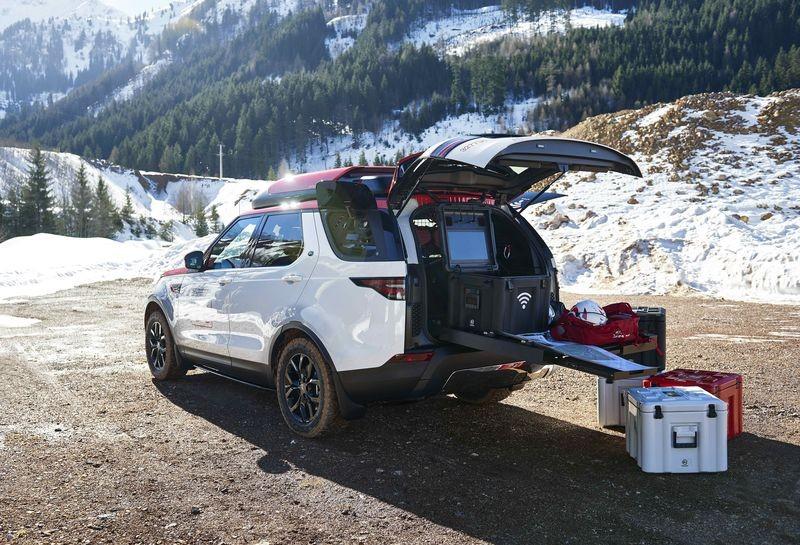 Land Rover 特別版 Discovery 配備無人機,專為執行搜救任務而設。