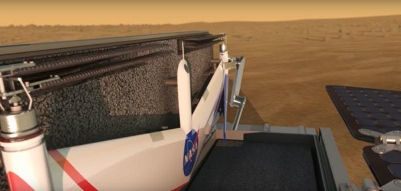 完成任務後,無人機會被收進探測車內充電。