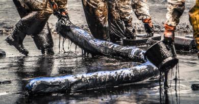 集群無人機快速應對漏油事故 繪製油污地圖只需 9 分鐘