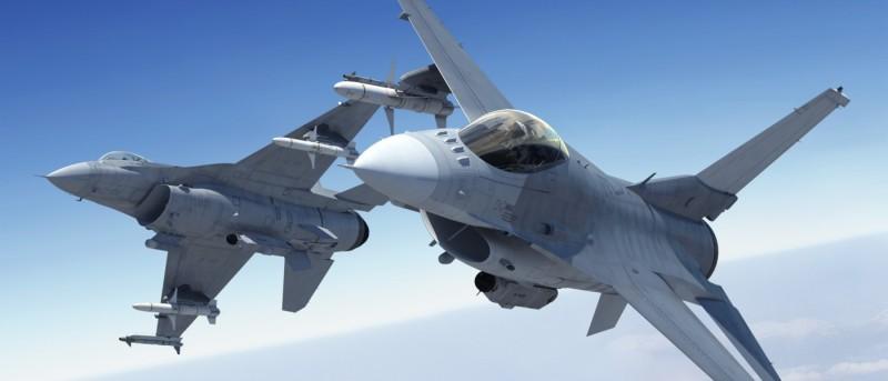 F-16 變身無人機!助戰 F-35 戰機防禦作戰、強化火力