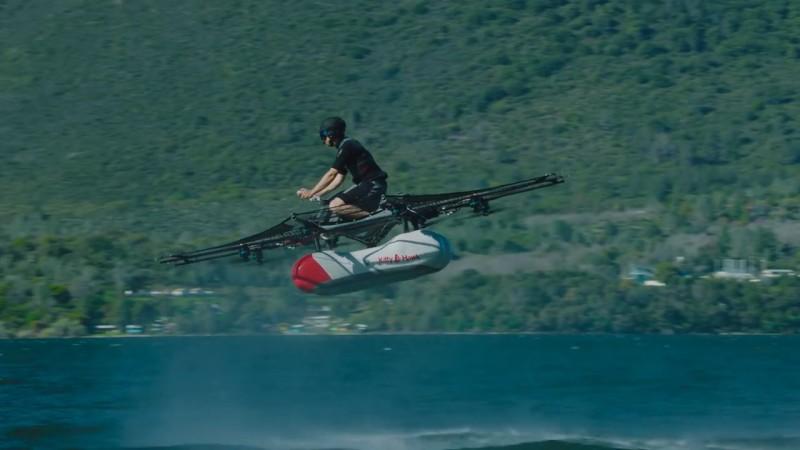 Kitty Hawk Flyer 原型 - 飛行中