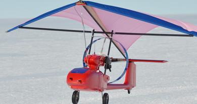 Terra Powerlifter 滑翔翼無人機具10公斤負載力 連飛兩小時空中測繪