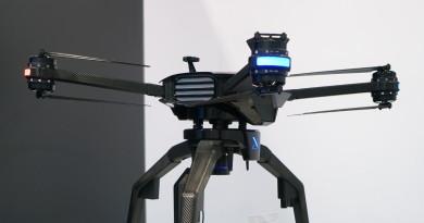XDynamics D-02 無人機客製化+模組化掛帥 劍指影視製作•商用市場