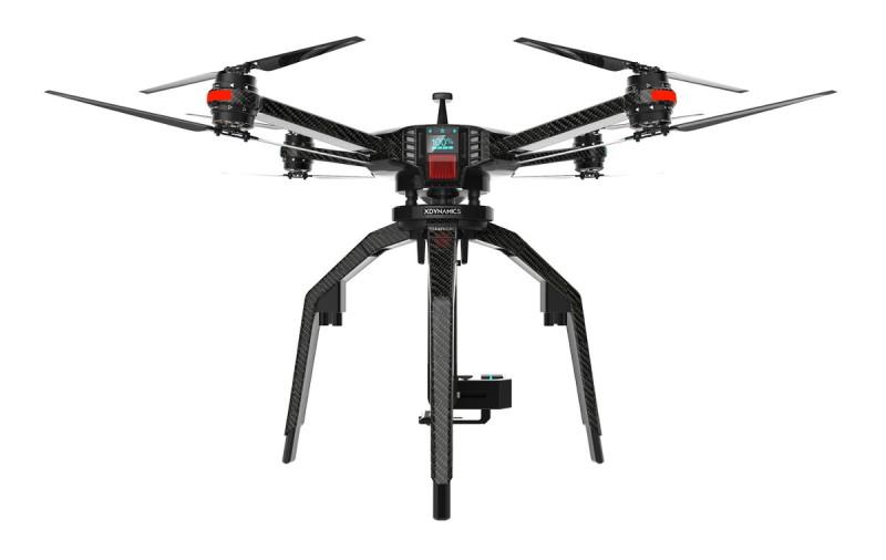 XDynamics D-02 是可供客製化的四軸八槳飛行平台,首輪推出的模組化配件包括專業級單眼相機雲台及適用在不同飛行環境的特製槳翼。