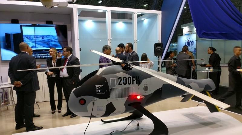 FT-200 FH 無人直升機於 2017 年 4 月在巴西里約熱內盧舉行的 LAAD 國防及安全展覽會(LAAD Defense & Security 2017)上公開亮相。