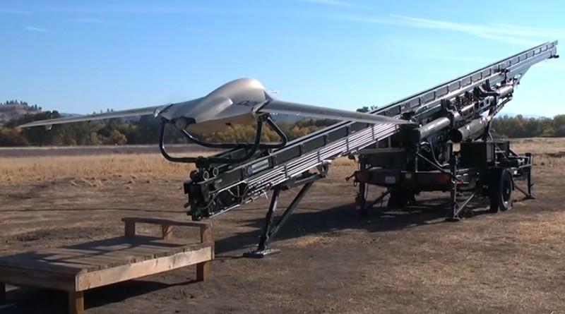 Lockheed Fury 無人機彈射飛行