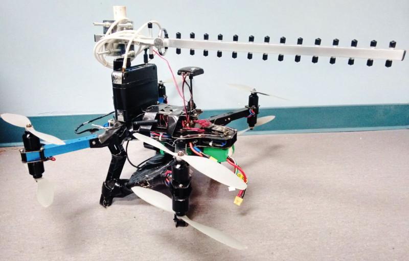 利用 Wi-fi 和無人機隔牆 3D 成像 - 使用 3DR X8 無人機